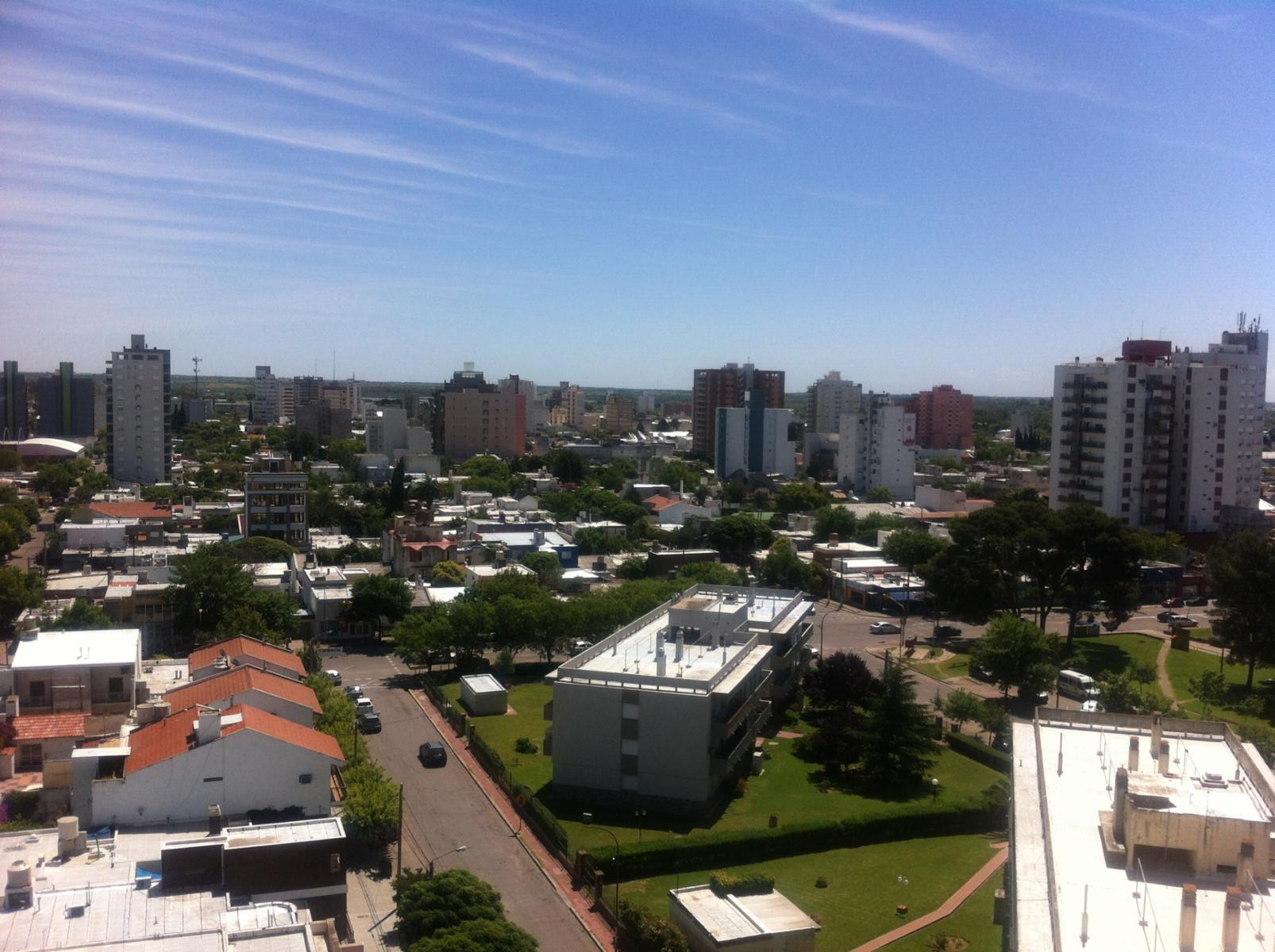 EXCEPCIONAL departamento en décimo piso, en barrio Villa Elvina. Cuatro dormitorios., ADBARNI Servicios Inmobiliarios