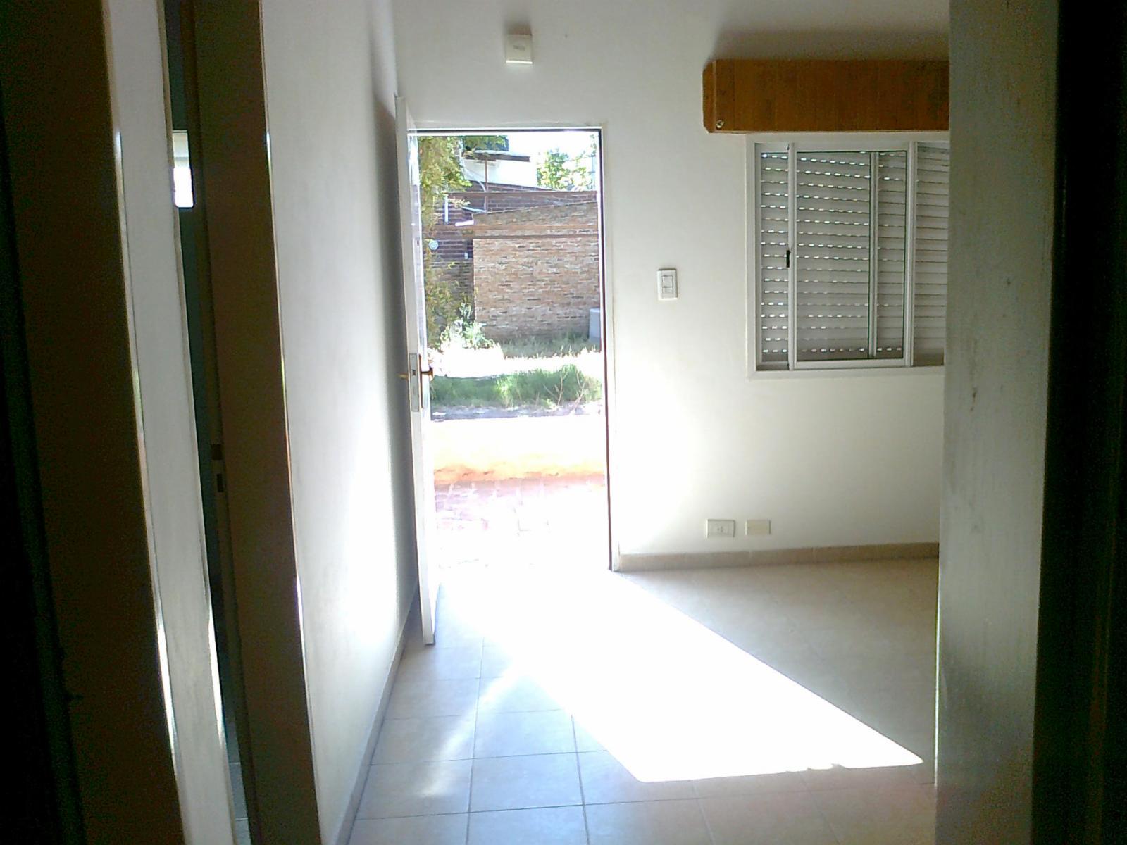 DEPARTAMENTO de un dormitorio sobre calle Alsina, ADBARNI Servicios Inmobiliarios