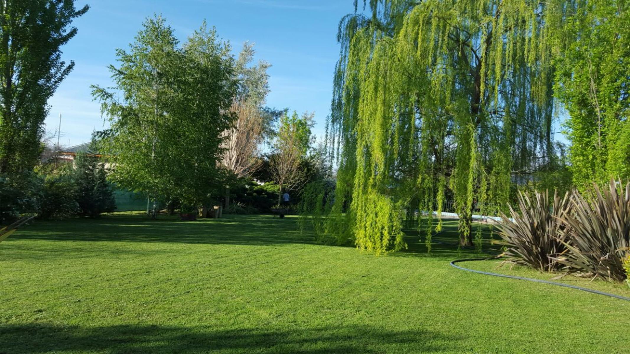Excelente casa-quinta con piscina y gran parque Villa Angela (Toay), ADBARNI Servicios Inmobiliarios