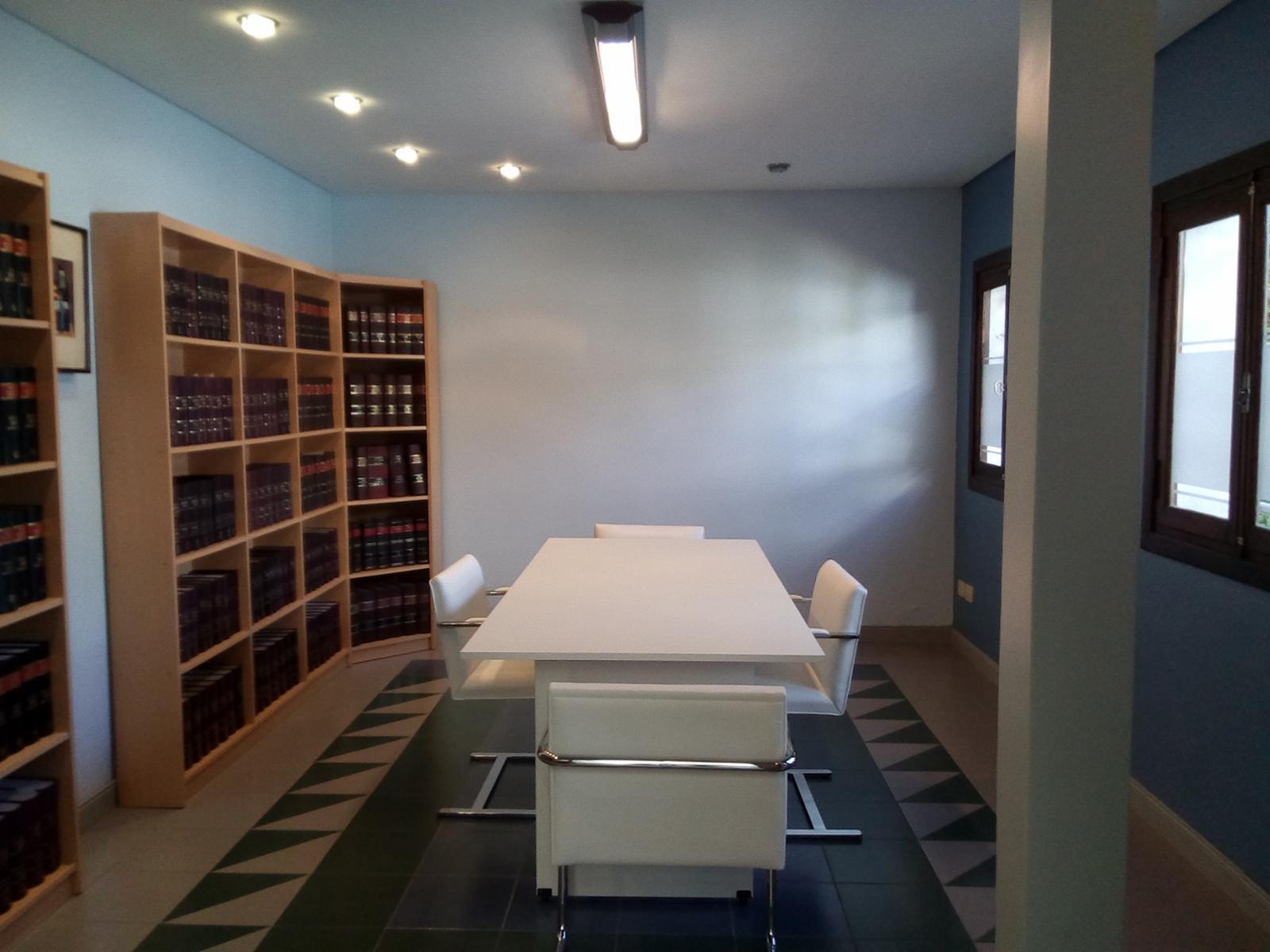 Oficinas EN ALQUILER totalmente equipadas. Uso profesional. Excelente ubicación., ADBARNI Servicios Inmobiliarios
