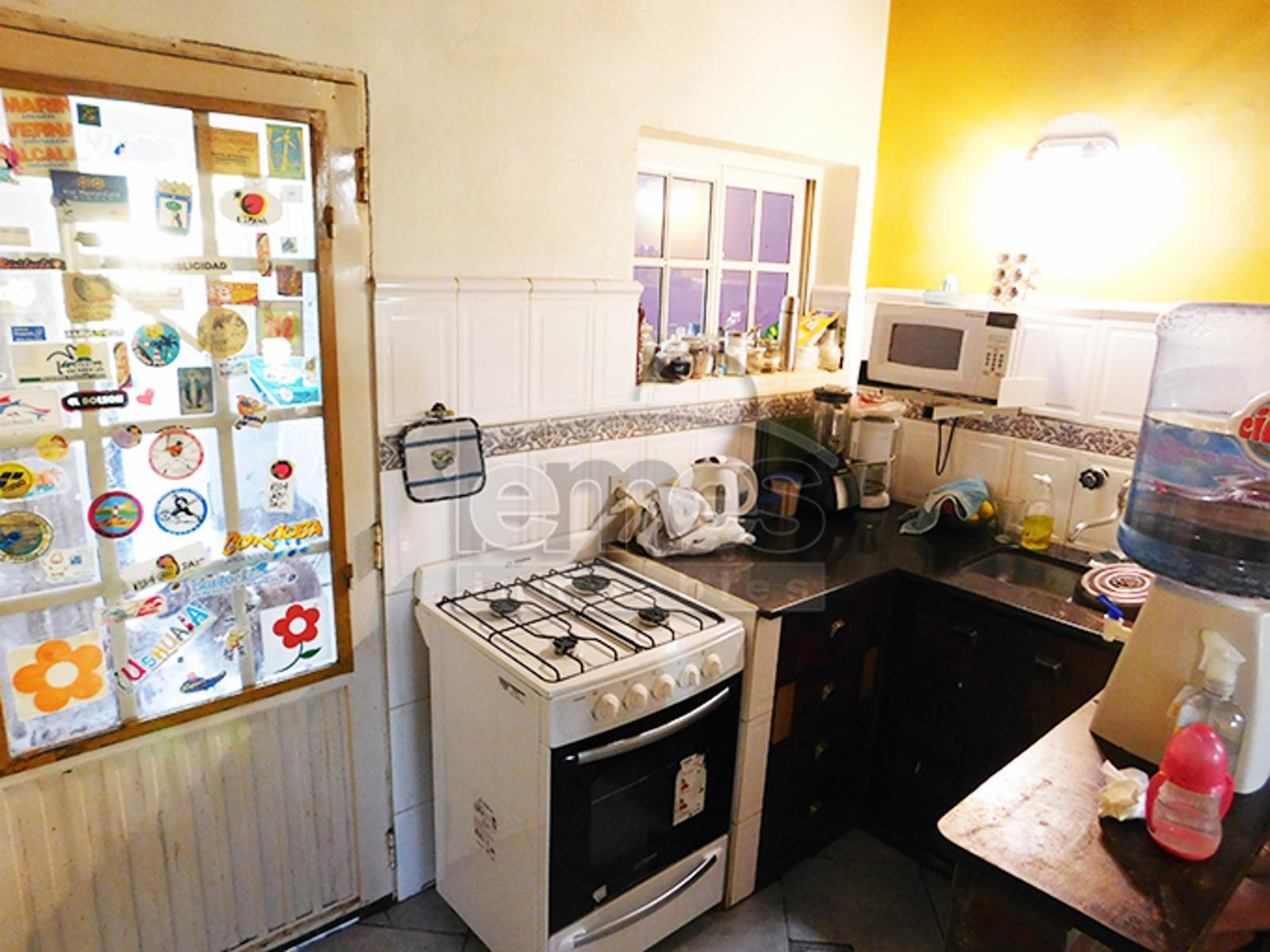 Casa Butalo a pasos de Av.Perón, Lemes Inmuebles