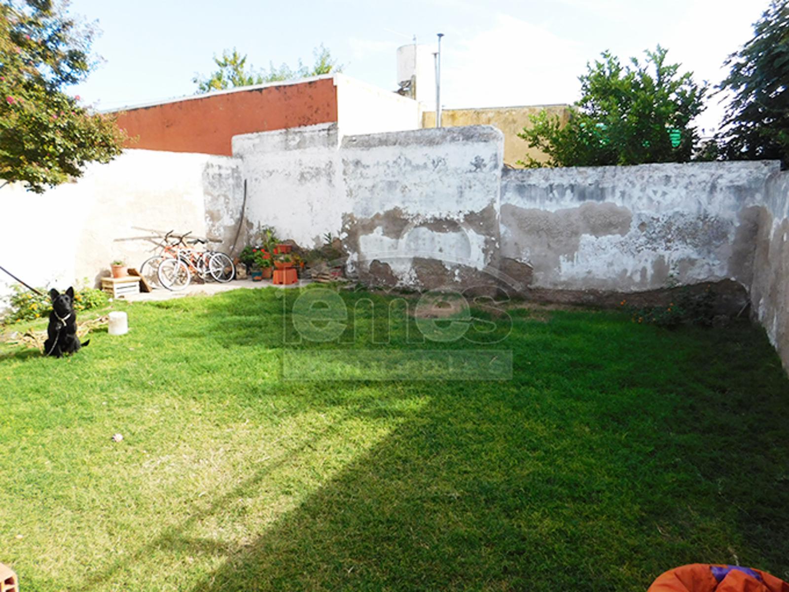 Casa a 6 cuadras de la plaza - Apta crèdito, Lemes Inmuebles