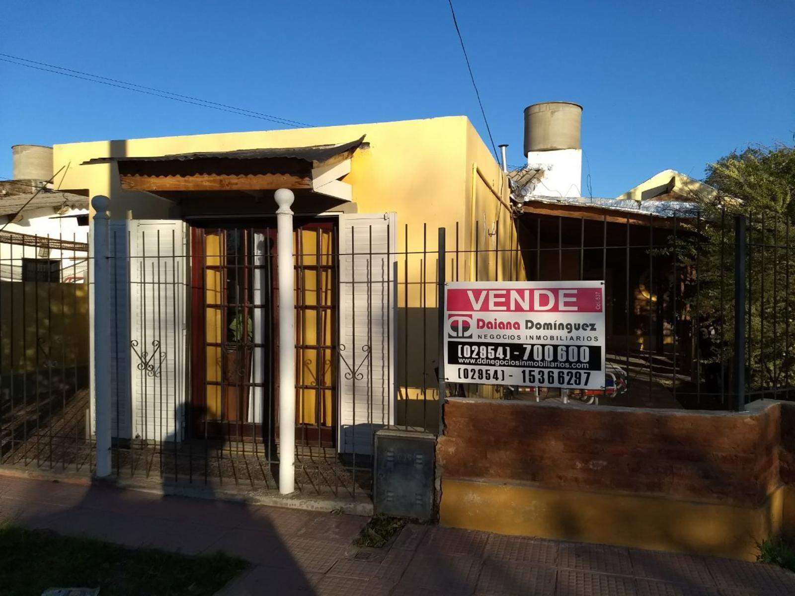 Venta casa sobre E. Civit, DAIANA DOMINGUEZ NEGOCIOS INMOBILIARIOS