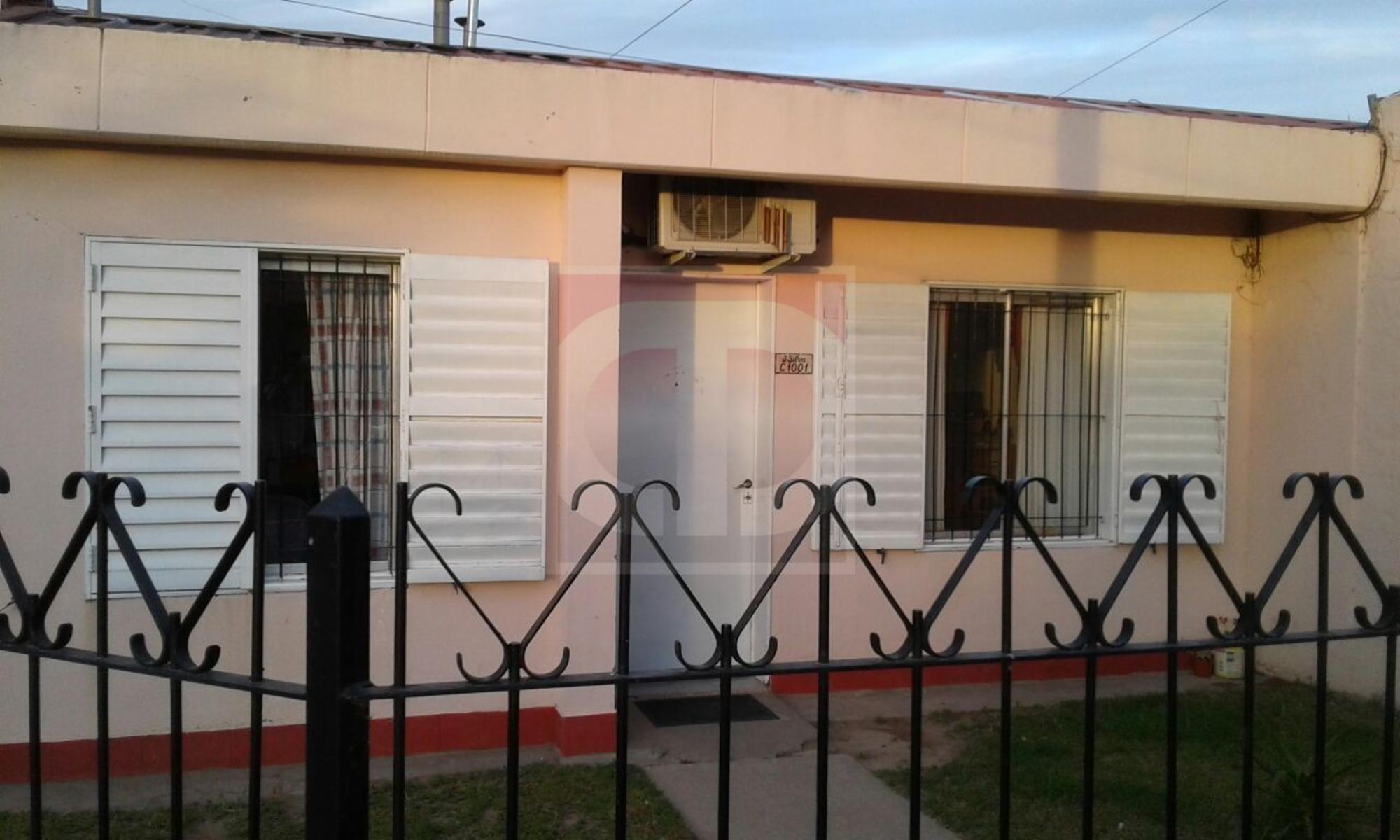 Venta de casa en Plan 5000, sobre Pje Silva, DAIANA DOMINGUEZ NEGOCIOS INMOBILIARIOS