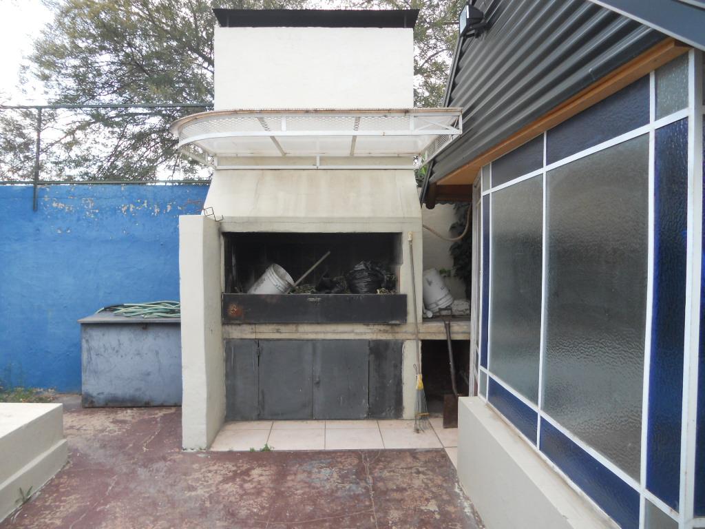IMPECABLE CASA DE 3 DORMITORIOS CENTRICA, Guillermo Sanchez Desarrollos Inmobiliarios